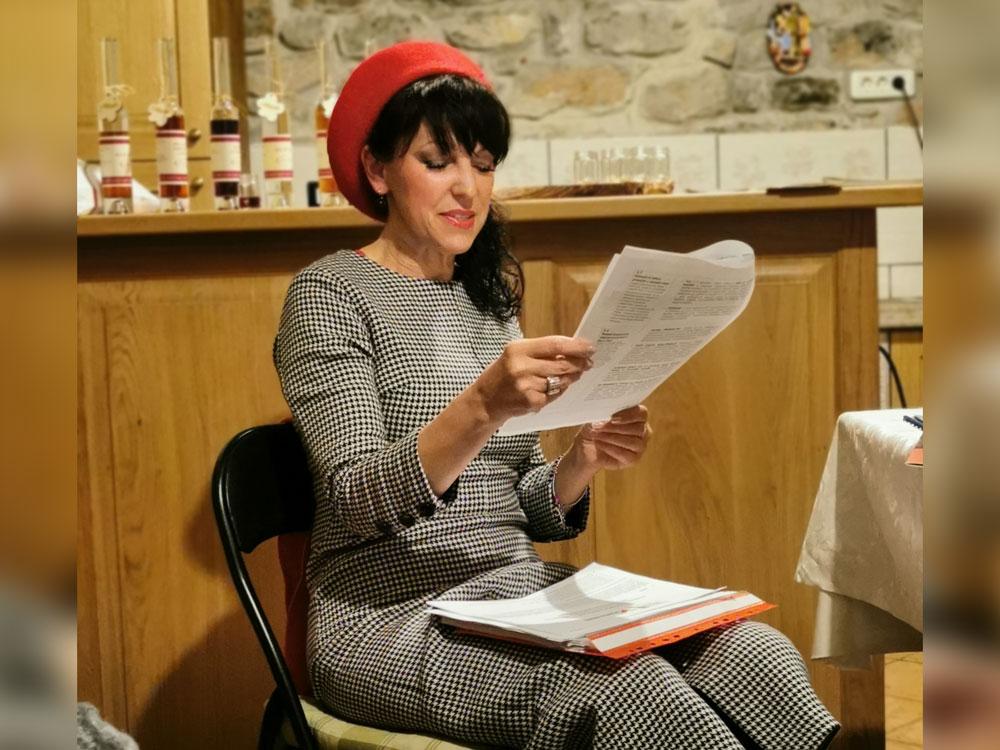 Govornica Ariana Suhodolnik